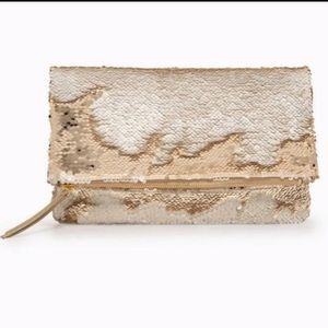 Stella & Dot gold sequin clutch purse bag